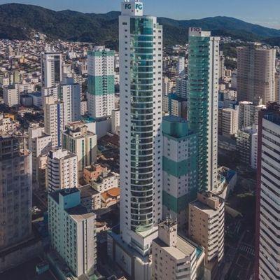 Sala Comercial no Centro de Bal. Camboriú - Olympo Tower