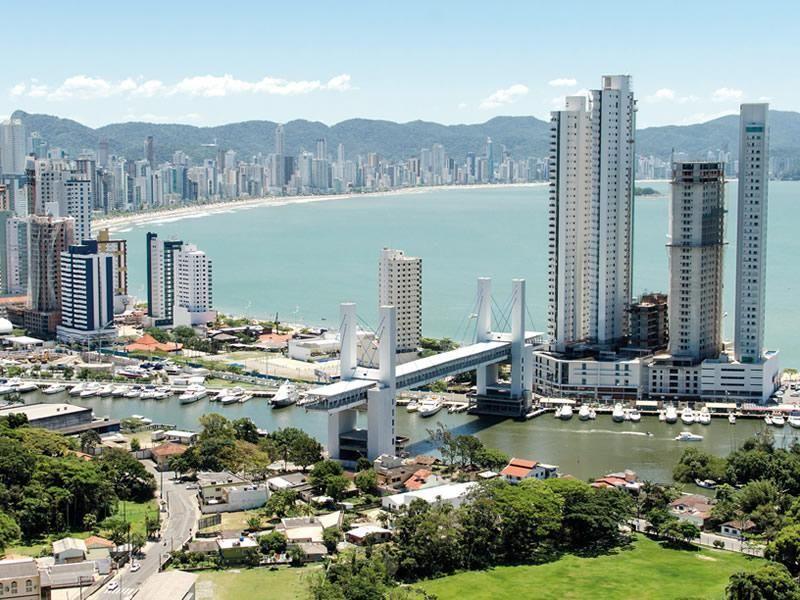 Balneário Camboriú é a quarta melhor cidade do Brasil para se viver