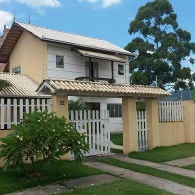Casa com piscina próximo ao Fórum em Camboriú SC