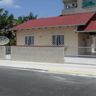Casa de alvenaria no bairro das nações. Balneário Camboriú