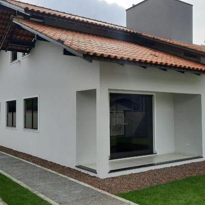 Casa com 3 quartos sendo 1 suíte na Ilha da Figueira