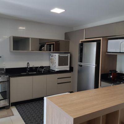 Apartamento Semimobiliado no Czerniewicz
