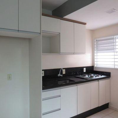 Apartamento semimobiliado com 01 quartos no bairro João Pessoa!