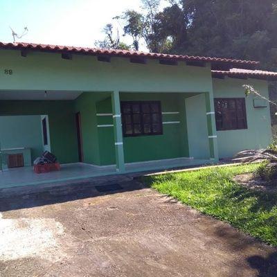 Casa no Bairro São Luis com 03 quartos