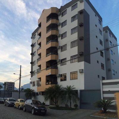 Apartamento no bairro Vila Nova 3 quartos sendo 1 suíte
