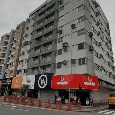 Aluguel de sala comercial no Centro de Jaraguá do Sul.