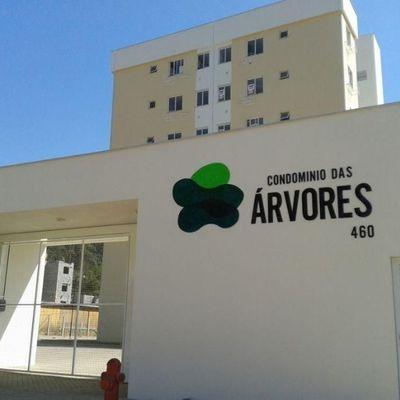Apartamento semi-mobiliado com 2 quartos no João Pessoa