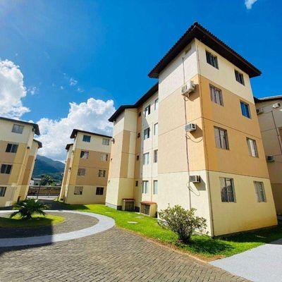 Apartamento semimobiliado no água verde