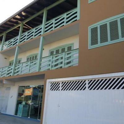 Amplo apartamento, com excelente localização no Centro de Jaraguá do Sul