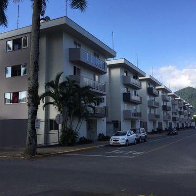 Apartamento de dois quartos próximo a universidade