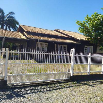 Casa mista 1 Suíte + 2 quartos em Massaranduba