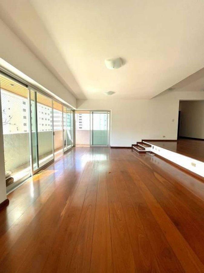 Apartamento Rua Rodrigo Cláudio