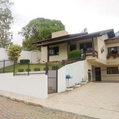 CASA DE ALVENARIA - RUA BOTÂNICO KUHLMANN