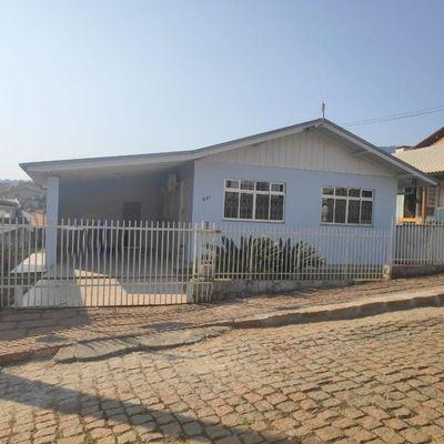 Casa Mista - Bairro Centro