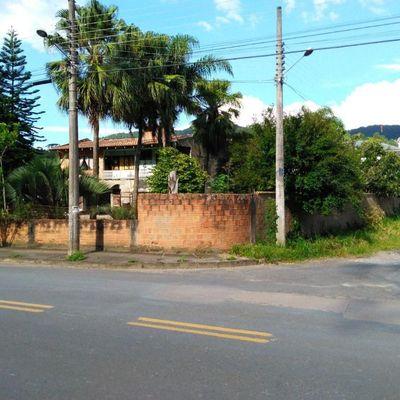CASA DE ALVENARIA (TERRENO URBANO)