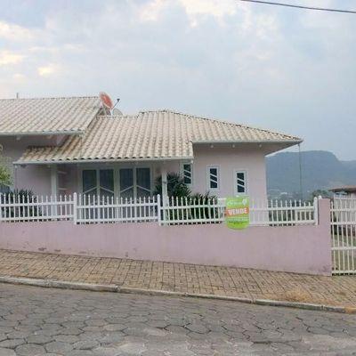 CASA DE ALVENARIA - LOT. SANTA MÔNICA