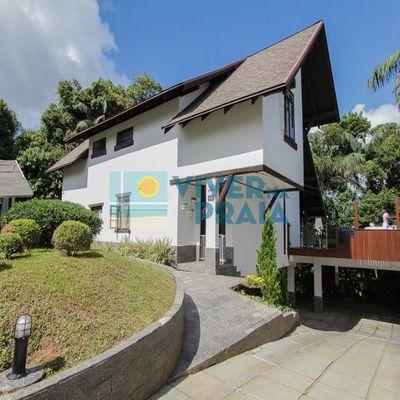 Casa Rústica Com Vista Panorâmica - Ponta Aguda