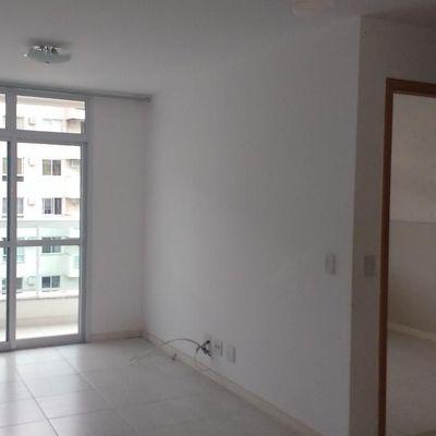 Apartamento 2 quartos (1 suíte) em Santa Rosa