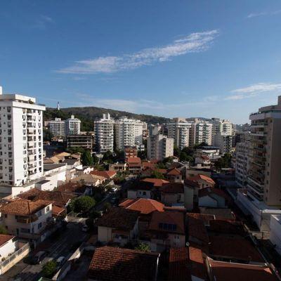 Recanto das Acácias - Apartamento com 2 Quartos + 1 Reversível, com varandão, Vereador Duque Estrada, nº 78,  Santa Rosa, Niterói - RJ - Apartamento para Locação e Venda