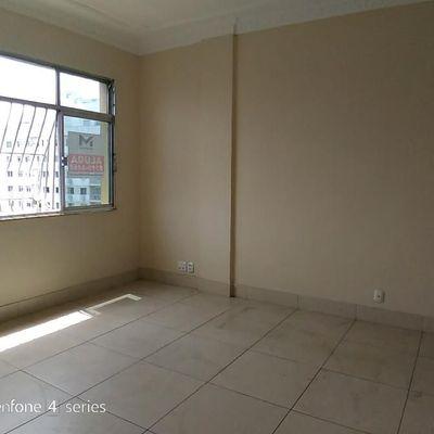 Apartamento Centro reformado vista livre amplo 2 quartos dependência de empregada