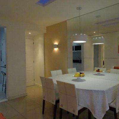 Linda cobertura reformada 2 salas 2 quartos terraço churrasqueira vaga