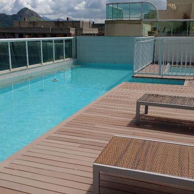 Ótimo apartamento duplex Charitas amplo próximo praia 2 suites 2 vagas