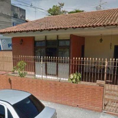 Casa Linear de esquina para Venda - Casa com 3 quartos e 4 vagas de garagem - Morada da Granja, Barra Mansa - RJ