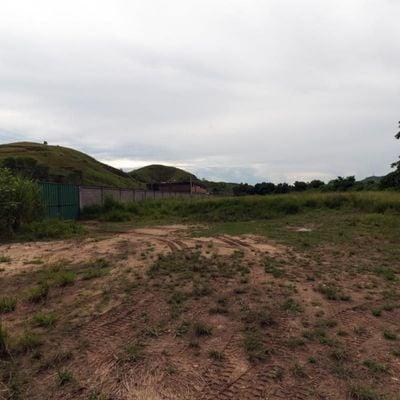 Gleba / Área de terra para venda - Área de terra plana com aproximadamente 14.000 m² - Barra do Piraí, RJ