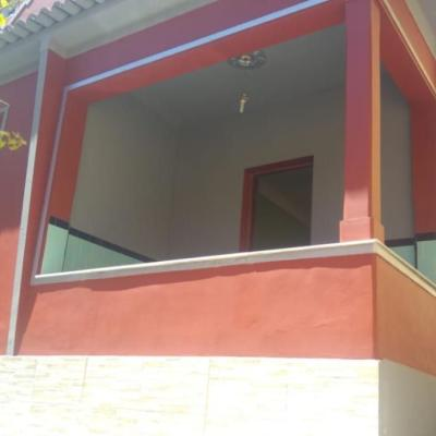 Casa para venda no Barreto - Silenciosa, em rua tranquila, composta de 2 quartos, quintal com Piscina e quarto hóspedes - Barreto, Niterói - RJ