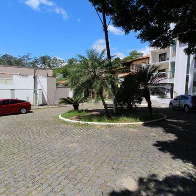 Lote de terra / Terreno com 890 m² em aclive acentuado e bem arborizado - Rua Juscelino Kubitschek de Oliveira, Bairro de Fátima, Jardim Boa Vista, Barra Mansa - RJ