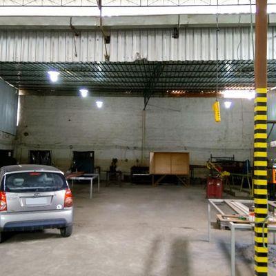 Galpão para Venda - Galpão com 430 m² com escritório administrativo de 80 m² - Avenida Presidente Kennedy, Siderlândia, Volta Redonda - RJ