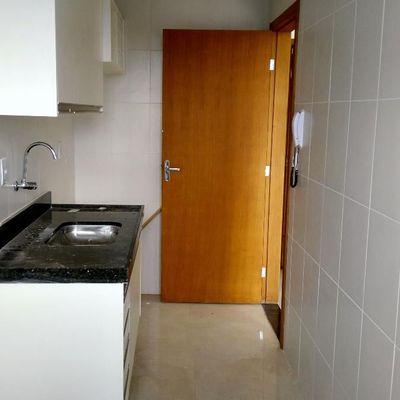 Apartamento para locação / aluguel - Residencial Vista Bela - Apartamento com 2 Quartos (sendo 1 Suíte) e vaga de garagem - Rua Marcílio Dias, nº 250, Apto 404, São João, Volta Redonda - RJ