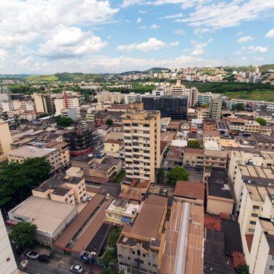 Sala Comercial para Locação / Aluguel - Edifício Plaza - Av. Paulo de Frontin, nº 590, Aterrado, Volta Redonda - RJ, 27215-580