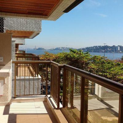 Lindo apartamento novo Charitas vista mar armários condomínio com lazer
