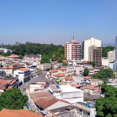 Apartamento para Locação / Aluguel - Residencial Vista Bela - Apartamento Varanda, 2 Quartos (sendo 1 Suíte) e 1 Vaga - Rua Marcílio Dias, nº 250, São João, Volta Redonda - RJ
