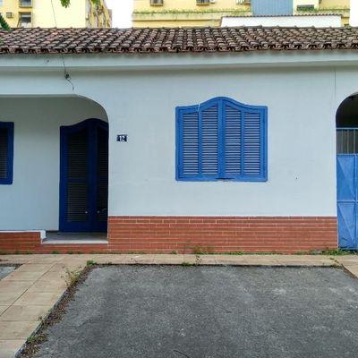 Casa Linear para locação comercial - Casa com 3 quartos, vagas para 5 carros - Rua 42 (quarenta e dois ), Vila Santa Cecília, Volta Redonda - RJ
