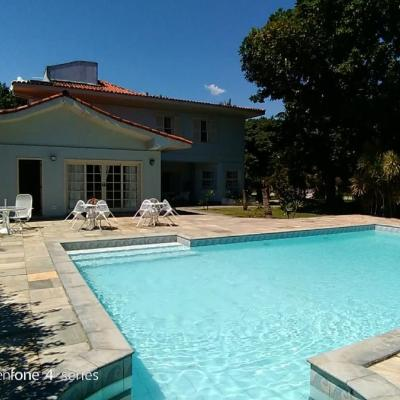Residência condomínio luxo Barra da Tijuca 5 quartos 4 suites salas 8 vagas piscina