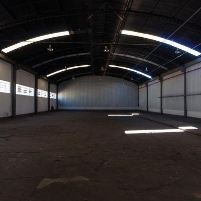 Galpão para locação / Aluguel - Barracão com 850 m² - Floriano, Barra Mansa -RJ