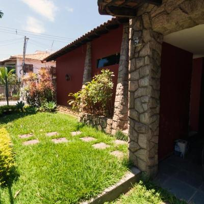 Casa Linear para Venda - Casa composta de 3 Suítes, estacionamento para até 3 carros - Rua São Vicente de Paula, Niterói, Volta Redonda - RJ - 27283-800