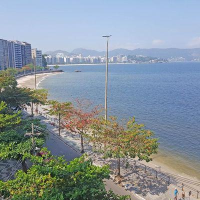 Apartamento amplo Ingá vista mar 3 quartos suite dependência empregada vaga