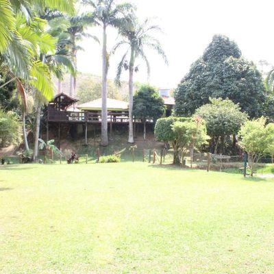 Chácara para Venda - Chácara com 5.000 m² com ampla área de lazer, açude e muito verde - Varjão, Piraí - RJ