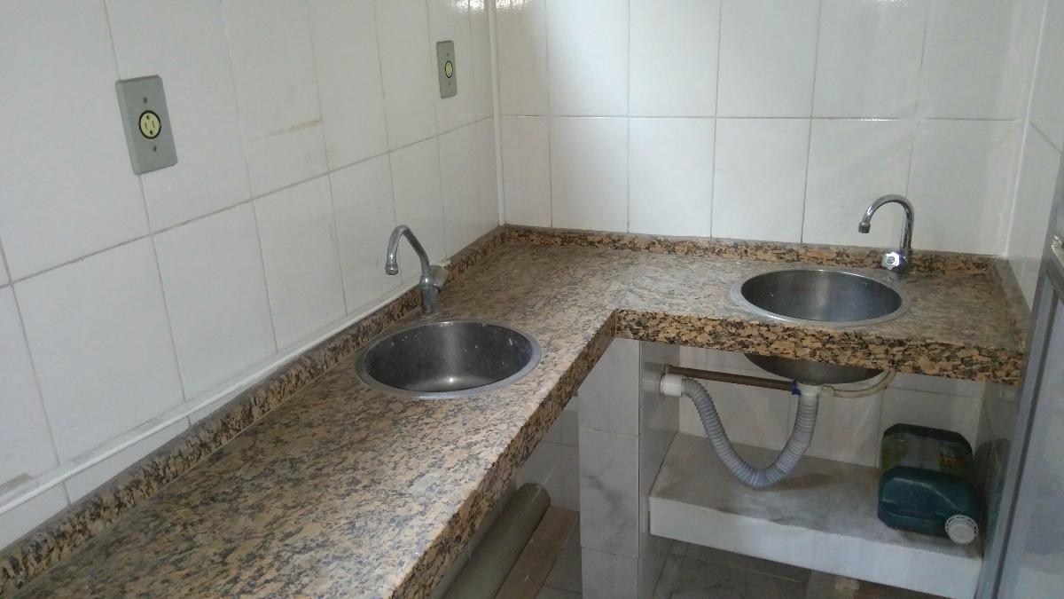 Loja / Clínica Sobreloja com 3 Consultórios com 80 m² - Retiro, Volta Redonda - RJ