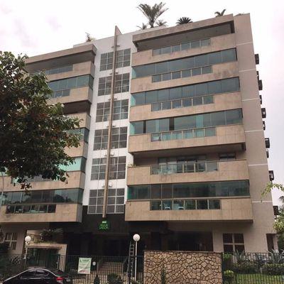 Apartamento 4 quartos (2 suítes) na Barra da Tijuca