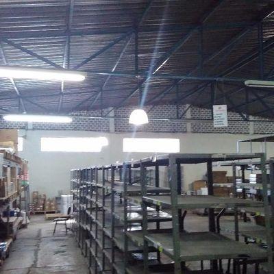 Galpão com 457 m² em área de 500 m², Retiro, Volta Redonda - RJ