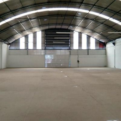 Amplo Galpão com 1.200 m² + pátio frontal 300 m², acesso a Rodovia Presidente Dutra (BR-116), Boa Vista, Barra Mansa - RJ