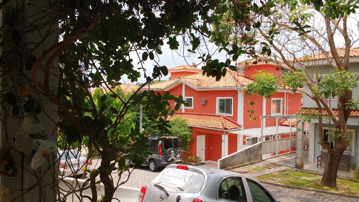 Casa Duplex dentro de Condomínio com 3 Quartos (sendo 1 Suíte), Pendotiba, Niterói - RJ