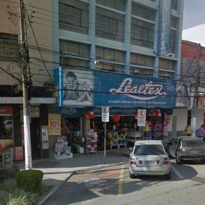 Prédio Comercial, com 1.320 m², Avenida Paulo de Frontin, aterrado, Volta Redonda - RJ