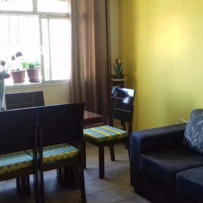 Apartamento 2 Quartos com Armários e 1 Vaga, Santa Rosa, Niterói - RJ