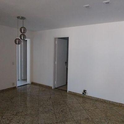 Bom apartamento amplo, vista livre Baía de Guanabara, 3 quartos suite vaga lazer