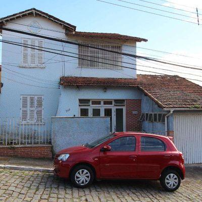 Casa Duplex para Venda - Casa 4 quartos, 1 Suíte, Lazer 3 Vagas - Jardim Brasília, Resende - RJ